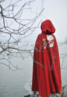 """ziseviolet: """"清辉阁/Qinghuige hanfu (han chinese clothing) collections, part 10 - winter cloaks & accessories """""""