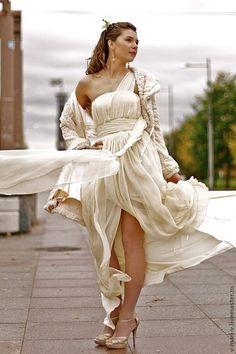 Одежда и аксессуары ручной работы. Ярмарка Мастеров - ручная работа. Купить Платье Свадебное   Нежное. Handmade. Бежевый, нежность, шелк