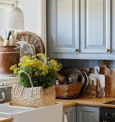 Hygge, Country Style, Kitchen Cabinets, Cottage, Interior Design, Decorating Ideas, Home Decor, Interiors, Nest Design