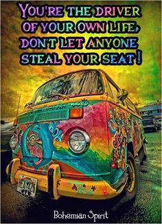 The Hippie Bus, a cultural icon. A dream of every Refried Hippie! It's a dream to just pack up and travel around the country. All just a dream. Hippie Peace, Happy Hippie, Hippie Love, Hippie Style, Hippie Chick, Bohemian Style, Van Hippie, Hippie Art, Hippie Drawing