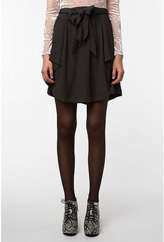 days are better in skirts like these! versatility, another plus.