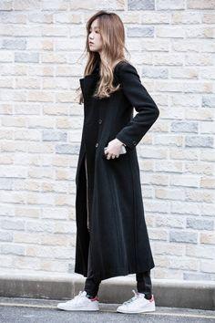 modelplayground: all Originals on the street - Lee Sung Kyung