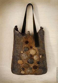 """Купить сумка """"Камни"""" - серый, абстрактный, камни, шибори, коричневый, войлок…"""
