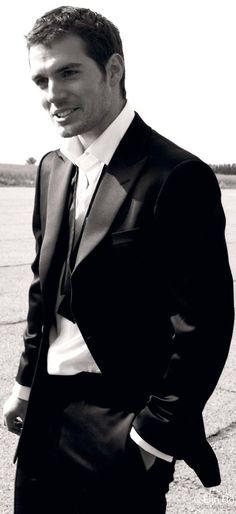 damn proof that suits recreate men - photographer Elin Hörnfeldt. [via HenryCavillOrg]