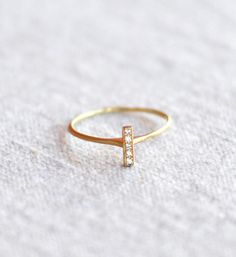 Satomi Kawakita Vertical Diamond Bar Ring