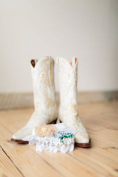 I SPY game for your guests to help capture photo moments  Image by Melissa Arlena Photography