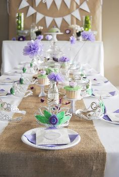 Purple Princess party table decor
