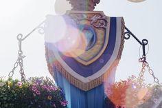 The aesthetics never gets old   #lensflare #diamondcelevration #sunset #aesthetics #mainstreetusa #disneyland #disneyland60 #instadisney #anahiem #happiestplaceonearth #disneyparks #disneygram #disneygeek #disneymagic #DLR #disneylandresort #disneyside #disneylife #disney #themepark #annualpassholder #disneylandfanclub #disneylanddave #disneypicsandinfo #fd101look #whphiddenbeauty #followme by motivatedpanda