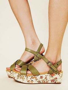 These shoes, I am quite sure, would make my feet very happy!