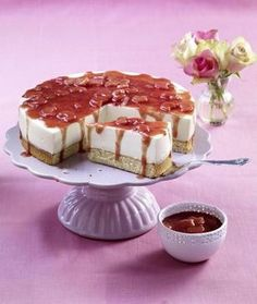 Rhabarber-Quark-Torte mit Eierlikör Rezept