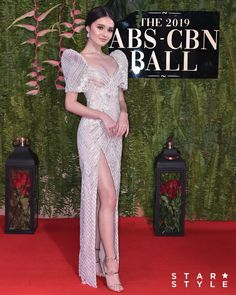 The 15 Best-Dressed Celebrities at the ABS-CBN Ball 2019 - Star Style PH Source by deejaykanda dress celebrity Elegant Dresses, Nice Dresses, Prom Dresses, Formal Dresses, Wedding Dresses, Quinceanera Dresses, Evening Dresses, Modern Filipiniana Gown, Filipiniana Wedding