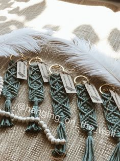 25 pcs Macrame keychains gifts favors and souvenir for Bridesmaid Gift Bags, Bridesmaid Proposal, Wedding Bridesmaids, Macrame Knots, Macrame Bag, Macrame Design, Macrame Projects, Macrame Patterns, Bridal Shower Decorations