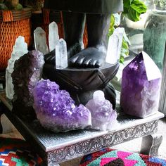 Loyal composed small meditation room have a peek at these guys Crystal Magic, Crystal Grid, Amethyst Crystal, Crystal Healing, Light Amethyst, Healing Stones, Crystals Minerals, Rocks And Minerals, Crystals And Gemstones
