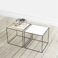 By Lassen Twin sohvapöytä, valkoinen/tammi   By Lassen Twin   Pöydät   Huonekalut   Finnish Design Shop