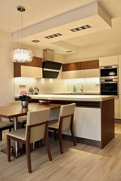 Kuchyně v soukromém bytě v Brně