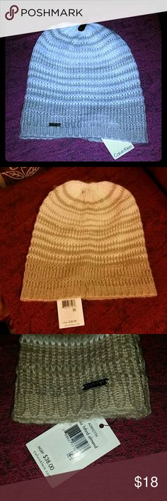 NWT Calvin Klein cream hat NWT beautiful cream (almond) colored knit hat. Calvin Klein hardware on front of hat. Perfect for staying warm in style! No reasonable offer refused. Bundle and save. Free gift with every purchase! Happy poshing! Calvin Klein Accessories Hats