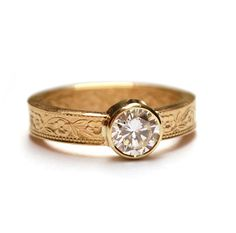 Gold flower pattern ring with antique diamond, one of a kind, custom made by Nadine Kieft Jewelry