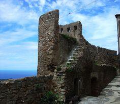 Isola del Giglio Giglio Castello