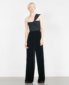7158a882587 Image 1 of STUDIO CROPPED SINGLE STRAP TOP from Zara