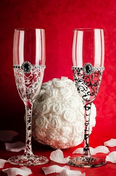 Hand Painted Wedding Bride and Groom champagne flutes glasses in Home, Furniture & DIY, Wedding Supplies, Personalised Glassware | eBay