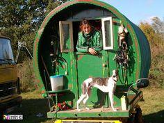 Traveller Vehicles - Trucks, Buses and Wagons :: Traveller Homes Gypsy Trailer, Gypsy Caravan, Gypsy Wagon, Taking Dog, Gypsy Girls, Child Of The Universe, Modern Gypsy, Lurcher, Gypsy Life