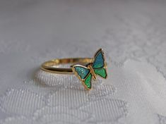 Butterfly Ring from Avon. I had this. My grandma always ordered from Avon!