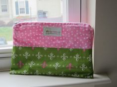 Green & Pink Fleur De Lis Cosmetic Bag