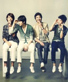 Lee Jung Shin, Lee Jong Hyun, Jung Yong Hwa, and Kang Min Hyuk of CN Blue (씨엔블루)