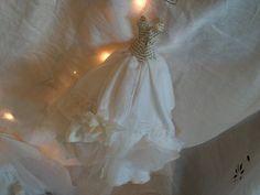 Assemblage winter Art Dress Made From Paper and por MesssieJessie