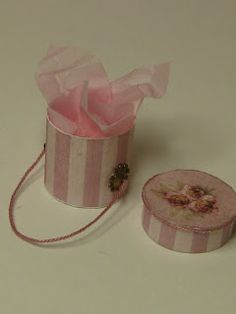 miniatyrmama: Miniature Hat box tutorial