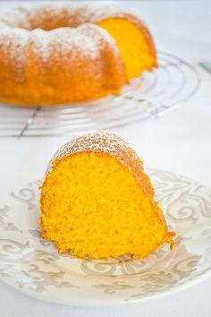 Queque de Zanahoria en Licuadora (Bolo de Cenoura – Brazilian Carrot Cake)