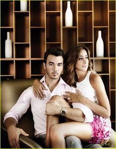 Kevin and Dani Jonas Social Life Magazine shoot. love their show Danielle Jonas, Just Jared Jr, Engagement Photo Inspiration, Jonas Brothers, Glamour Photography, Photography Ideas, Nick Jonas, Couples In Love, Famous Couples