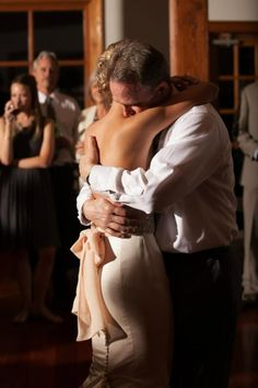 Mojuba | Wedding Tips | Father-Daughter Top Songs | www.mojuba.com | Wedding Day Checklist, Wedding Day Tips, Wedding Day Timeline, Wedding Photos, Wedding Ideas, Father Daughter Dance, Wedding Photography, Cant Wait, Essentials