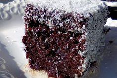 Σιροπιαστό γλυκό με σοκολάτα & καρύδα- Έτοιμο σε 15 λεπτά! Baklava Recipe, Greek Cooking, Brownie Cake, Nutella, Chocolate Cake, Sweet Recipes, Cookie Recipes, Sweet Tooth, Food And Drink