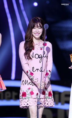 Team ☆ εїз TaeTae εїз (151203 Tiffany @ 2015 MAMA in HongKong。(via cherry...)