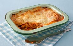 Vegetarian Lasagna - try add mince or sweet potato etc How To Dry Oregano, How To Dry Basil, Dried Basil Leaves, Chopped Cheese, Mexican Lasagna, Mushroom Pasta, Spinach And Cheese, Wine Sauce, Latest Recipe