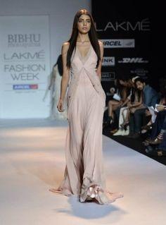 LFW Päivä 2: Bibhu Mohapatra I Want It All - intialainen muoti, kauneus ja elämäntapa