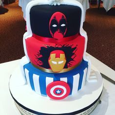 superhero wedding cake ideas captain america and personalized 20606