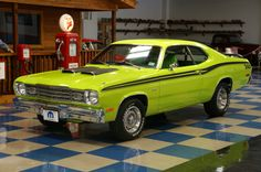 green duster | 1975 Plymouth Duster - Lime Green