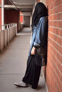 hipster of hijab is not the nerdy style :) its a precious style to feel it Hijabi Girl, Girl Hijab, Hijab Outfit, Beautiful Muslim Women, Beautiful Hijab Girl, Hijab Casual, Hijab Chic, Muslim Fashion, Hijab Fashion