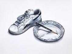 흰 운동화,은박지,연필 정밀표현,개체표현,정밀묘사