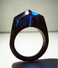 Купить Деревянное кольцо со смолой. Кольцо из натурального дерева. - подарок на 5 лет