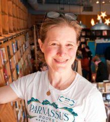 ann patchett! opens an independent book store in Nashville. love her!