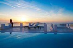Above Blue Suites, Santorin, Greece