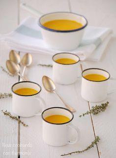 Crema de zanahoria con leche de coco y jengibre