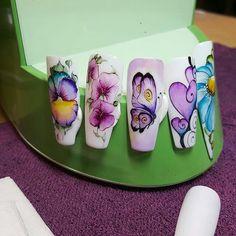 ☺ Crazy Nail Art, 3d Nail Art, Cool Nail Art, Nail Arts, Butterfly Nail Art, Flower Nail Art, Fancy Nails, Pretty Nails, Spring Nails