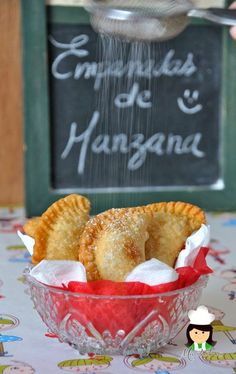 Mis chucherias: Empanadas de manzana fritas ( Fried Apple Pies)