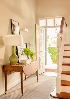 Entry Hallway, Entryway, Estilo Country, Shabby Chic, Loft, My Dream Home, Ideas Para, Entrance, Stairs