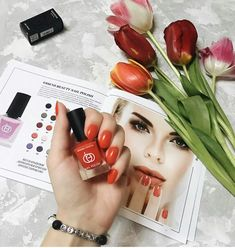 The long-lasting, premium quality make-up stays in perfect condition throughout the day and ensures and an attractive look. Nail Cuticle, Cuticle Oil, New Cosmetics, It Cosmetics Brushes, Cosmetic Brush Set, Matte Powder, Perfume, How To Line Lips, Matte Foundation