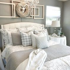 Source by Related posts: Gesteppte Bettwäsche Audree Pom Pom 69 Best Farmhouse Bedding Decor Ideas And Remodel Jardin Toile Bedding 69 Best Farmhouse Bedding Decor Ideas And Remodel Stylish Bedroom, Cozy Bedroom, Home Decor Bedroom, Bedroom Furniture, Bedroom Ideas, Bedroom Brown, Bedroom Rustic, White Bedroom, Bedroom Wall